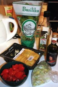 Tomaattikastikkeen ainekset